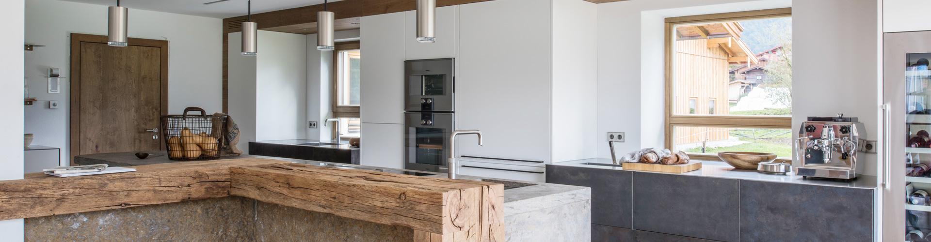 Altholz und Naturstein mit werkhausküchenideen