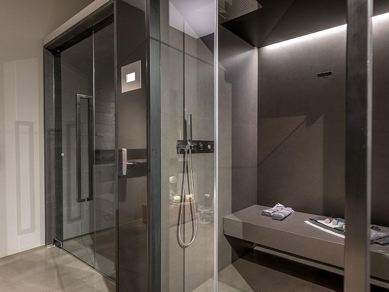Bad mit Sauna und Wellness Bereich