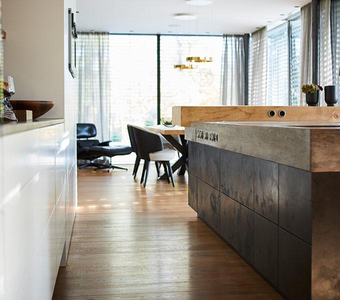 Naturstein in einer Wohnküche