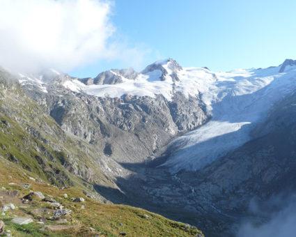Natur und Stein und Berge